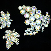 Vintage BSK Borealis Crystal Rhinestone Grape Cluster Brooch  Earring Set