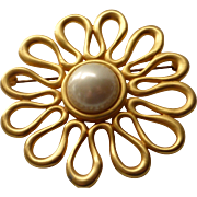 Vintage Marvella Faux Mabe Pearl Satin Gold Tone Brooch