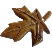 Vintage Natural Wood Maple Leaf Brooch Pin Hand Carved