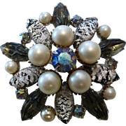 Vintage Brooch - Foiled Art Glass, Molded Glass & Simulated Pearls
