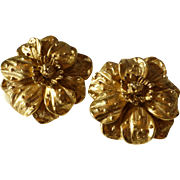 Designer Erwin Pearl Signed Matte Gold Tone Flower Earrings