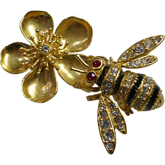 Metropolitan Museum of Art MMA Faberge Bee Brooch # 556