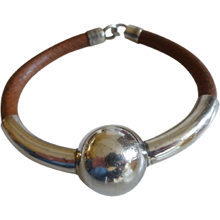 Modernist Pepe Cerroblanco Sterling Silver & Leather Bracelet
