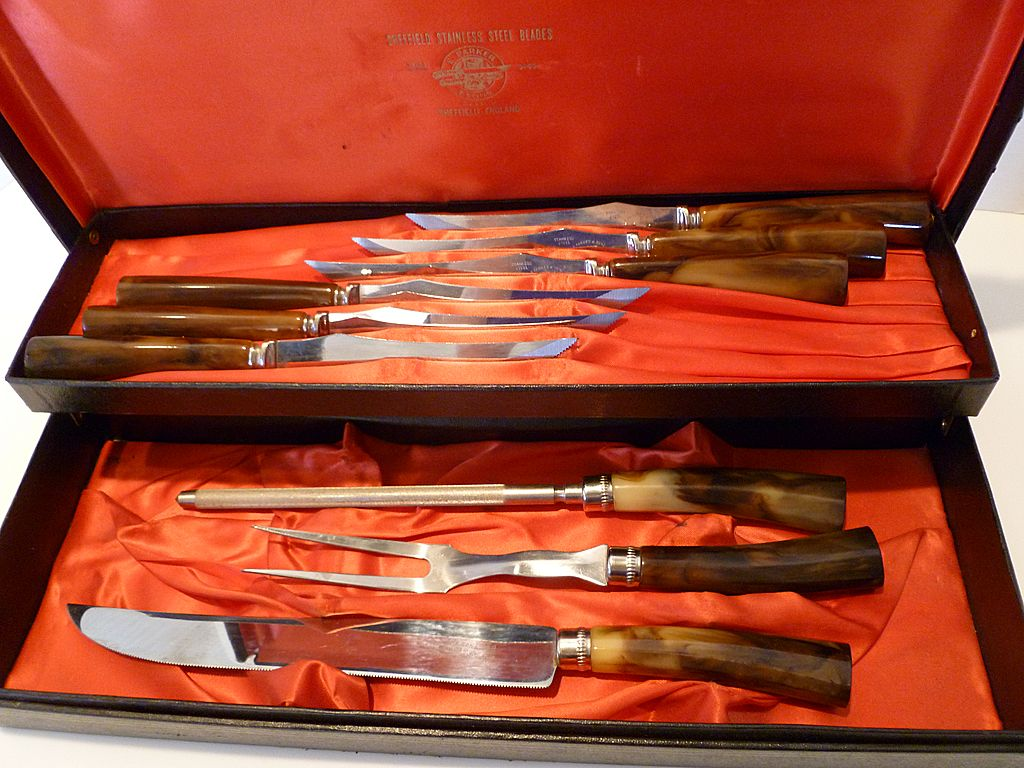 sheffield kitchen knives sheffield cutlery set 9 pc stainless steel with bakelite handles from historique on ruby lane 9385