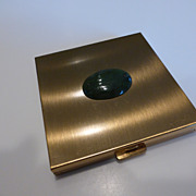 Vintage Volupte´ USA Compact with Jade Stone
