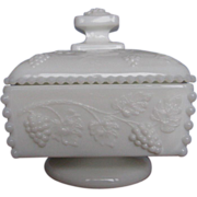 Westmoreland Paneled Grape Covered Jelly Dish