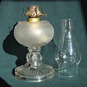Teardrop With Eyewinker With Plume Font Oil Lamp