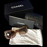 Authentic Chanel 5148 light tortoise sunglasses BUTTON