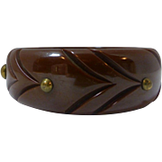 Vintage studded chocolate brown bakelite carved bangle bracelet