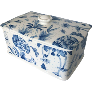 Portmeirion rectangular butter dish and lid  NEW with sticker  Botanic Blue