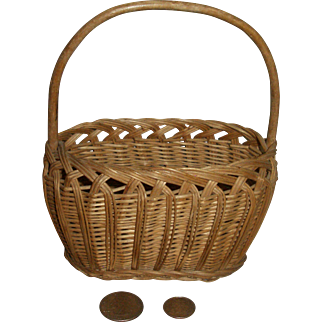 French Small Wicker Basket for Your Doll!