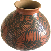 Large Mata Ortiz Paquime Indian Pottery Vase Given as Gift Super Bowl XLII 2008