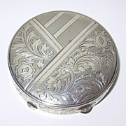 Vintage Sterling Silver Compact with original screen