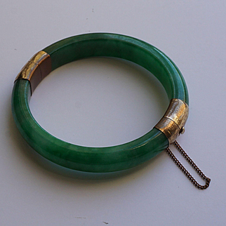Chinese Apple Green Jade Bracelet with GF Hinge for Small Wrist VTG