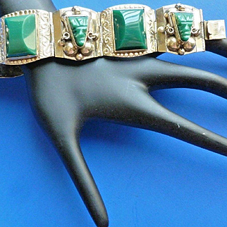 925 Mexico Carved Green Onyx Masks Chunky Sterling Vintage Bracelet Very Fine Taxco