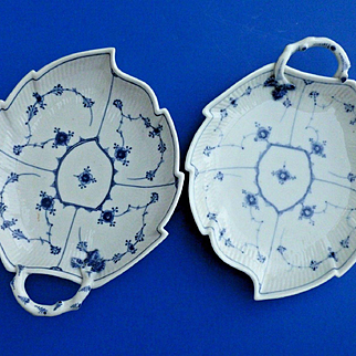 18th Century ROYAL COPENHAGEN Leaf Form Serving Bowls PAIR Blue Fluted 1/2 Lace
