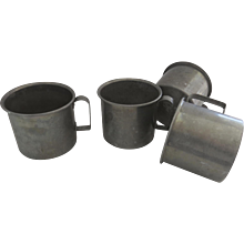 4 x Vintage Tin Aluminium Handled Cups Display Storage