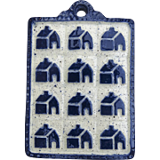 1982 Purple Cow Pottery Saugerites New York Wall Decor Plaque Trivet Houses Cobalt Blue