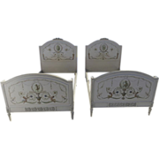 Pair of Twin beds Neoclassical French Painted Louis XVI Style