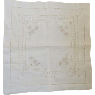 Vintage Lace Pull Work Doily Embroidered Flowers