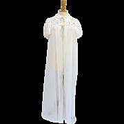 Vintage 1950's Dijon New York Robe Peignoir Lace