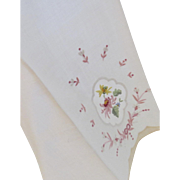 Vintage Pair Embroidered Applique Guest Hand Towels Madeira