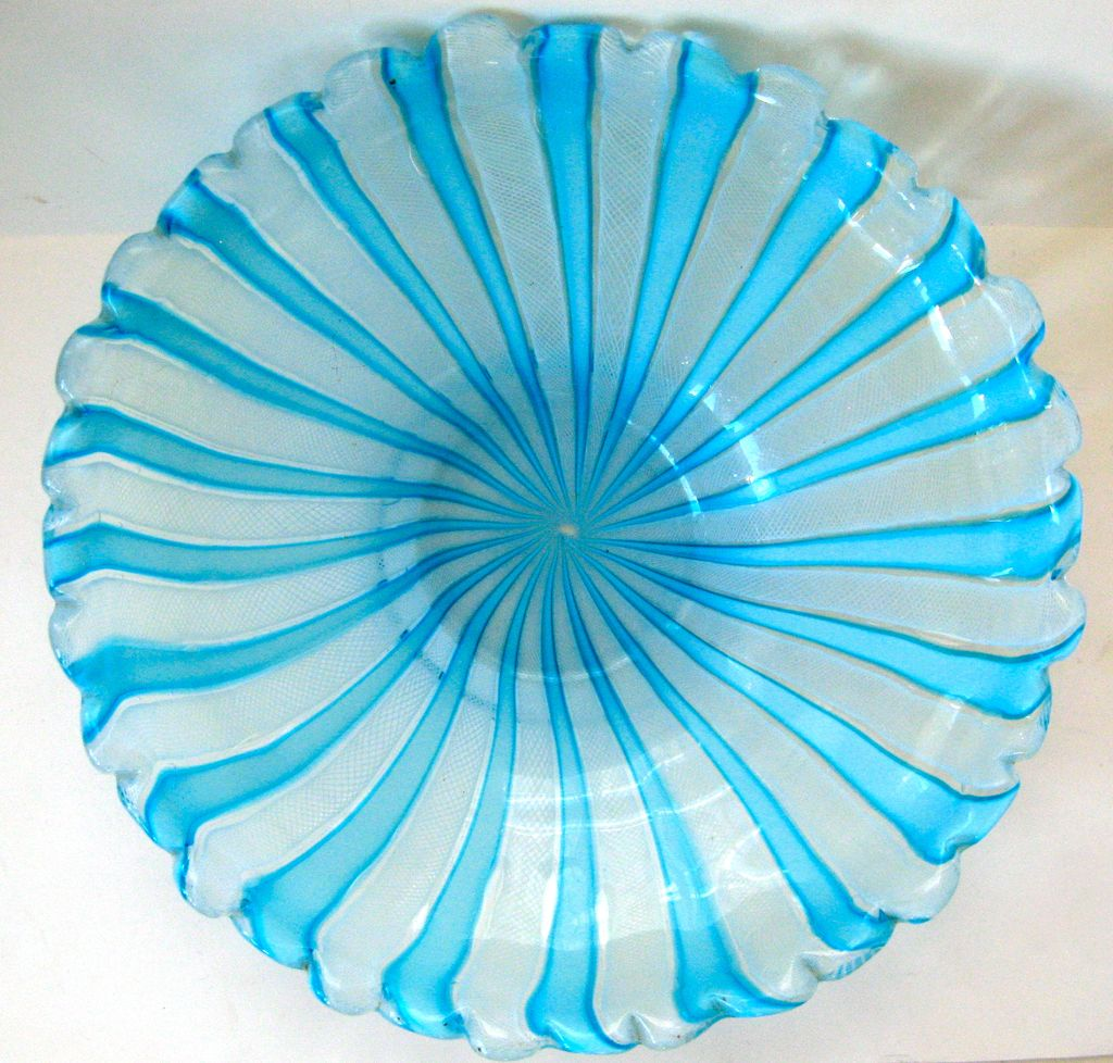 Large Italian Mid Century Murano Glass Bowl Centerpiece Latticino