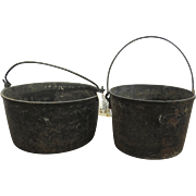Cast Iron Cooking Kettles with Handles