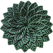 Green Majolica Leaf Plate by Kay Kaiser Mid 20th Century