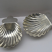 Pair of Sterling Shell Shaped Footed Dishes