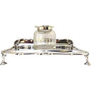 English Inkwell Sterling by Goldsmiths & Silversmiths Co Ltd Footed Stand 1936