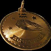 "Vintage-Estate 18K Gold ""Aquarius"" Charm-Pendant, 25mm"