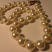 Snow White Faux Pearl Necklace and Bracelet Set