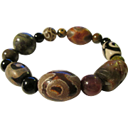 Mixed Ethnic Tibetan Dzi-Carved Jade-Agate-Onyx-Ceramic-Bloodstone-Gemstone Bead Expandable Bracelet