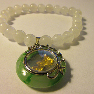 White Jade Bead Expandable Bracelet with Round Green Jade Charm