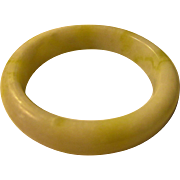White Jade Bangle with Tinges of Yellow and Green, 60mm