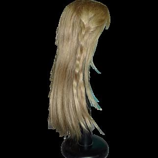 "Blond Wig, 13"" hc"
