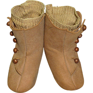 Soft Leather Boots with Socks, 5 Button Closure
