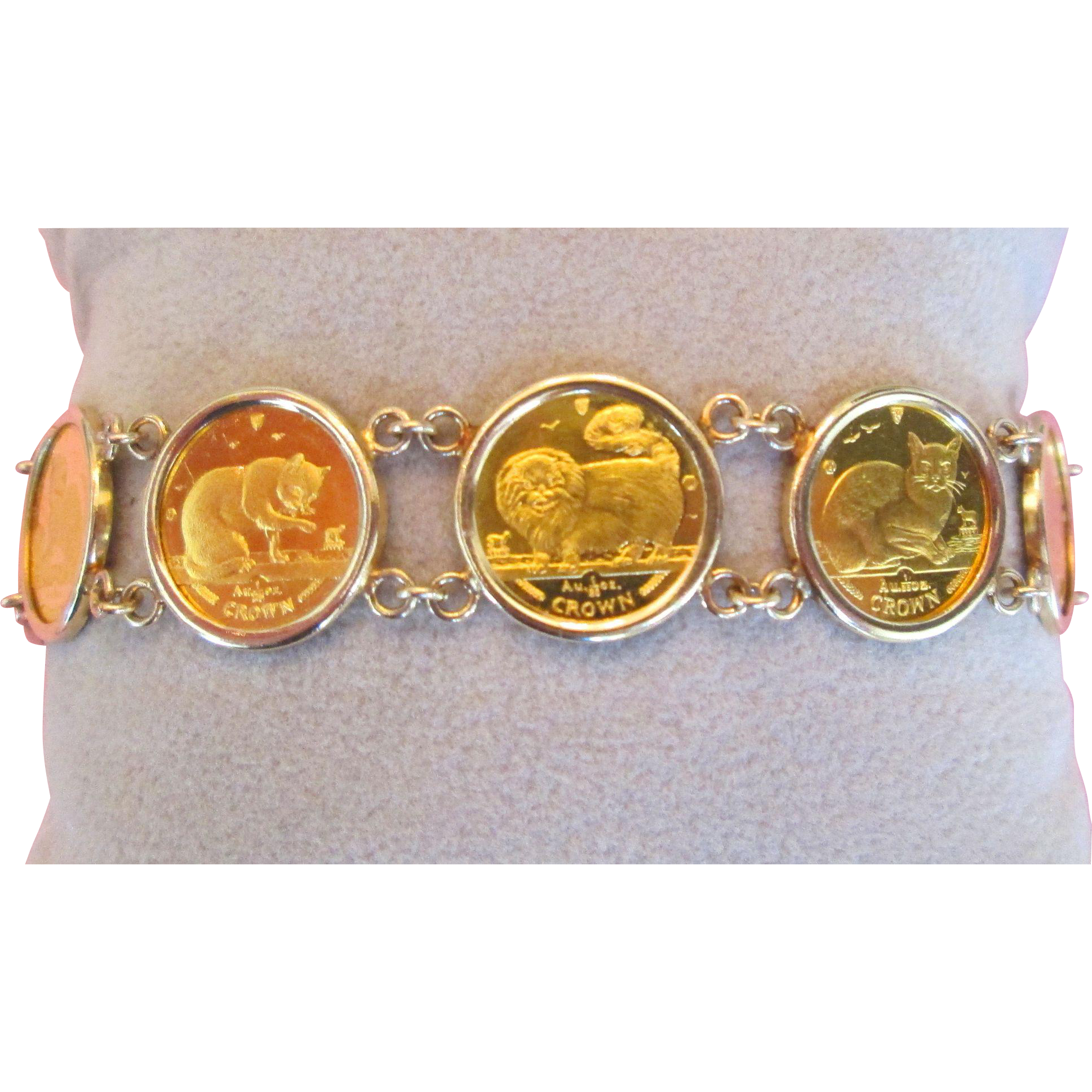 24k Gold Queen Elizabeth Isle Of Man Cat Coin Bracelet 14k Bezel 99 Bella Antiques And Jewels Ruby Lane