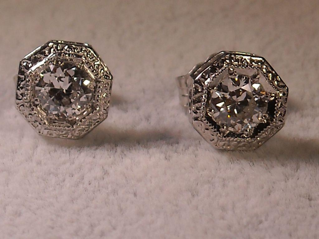 Platinum And 14k Gold Diamond Stud Earrings 0 80 Carat Total