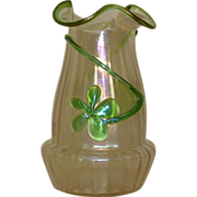 Kralik glatt ( iridescent )glass vase with applied clover