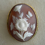Victorian Floral Cameo Brooch/Pendant