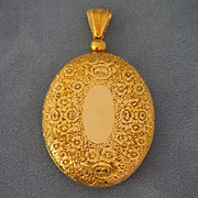Large Mid-Victorian Gold Locket