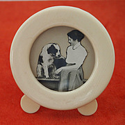 Small Round Vintage Picture Frame