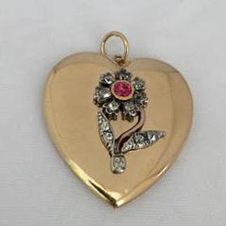 Large Victorian Heart Shaped Locket
