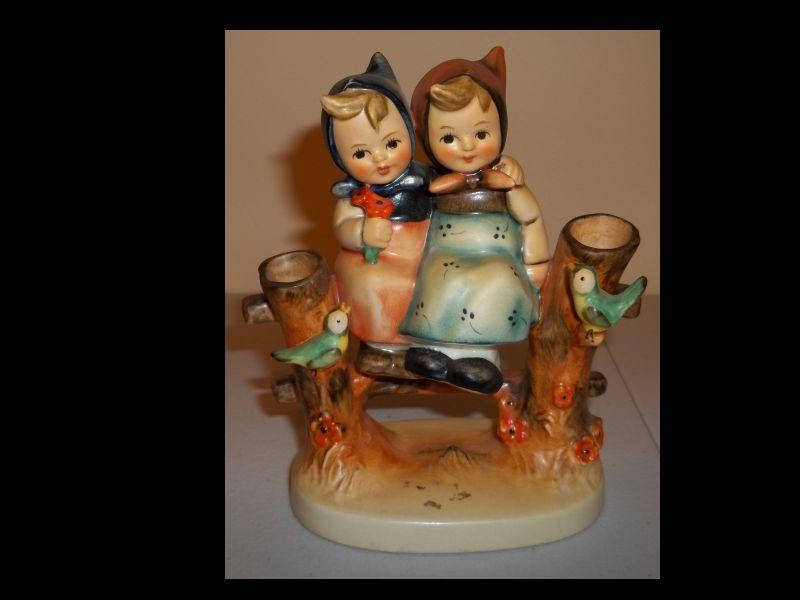Hummel Figurine Coquettes  179