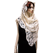 Stunning Ivory Embroidered Floral Lace Mantilla Scarf Shawl - Red Tag Sale Item