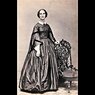 Civil War Era CDV Photograph of Elegant Lady. Norwich, Conn.