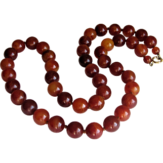 Art Deco Round Bakelite Cherry Amber Bead Necklace.