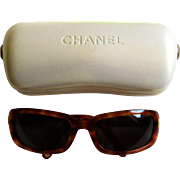Chanel Retro Tortoiseshell Frame Sunglasses -5026